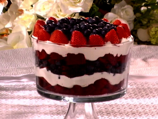 Super Easy Dessert for the 4th of July | Furniture Clue