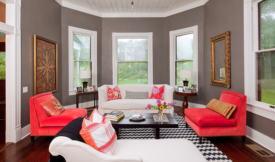 Coral and Grey Living Room 936 x 552